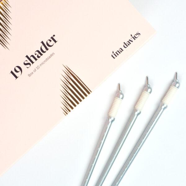 Tina Davies - 19 Shader Signature Microblade 10pk